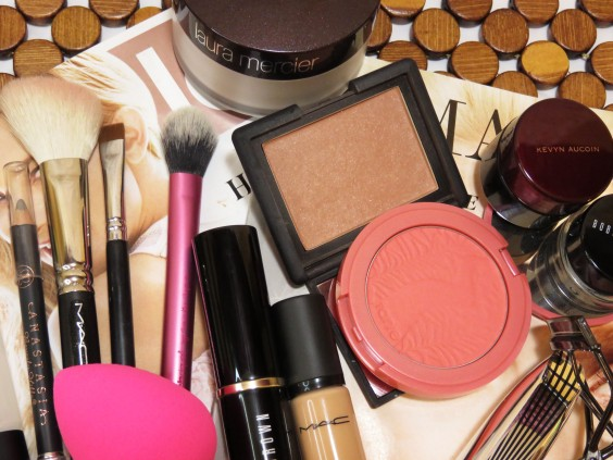everyday makeup staples2